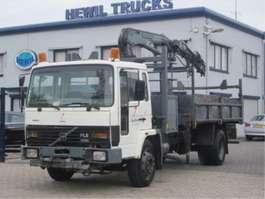 kipper vrachtwagen Volvo VOLVO FL6-14 4X2 KIPPER KRAAN 1989