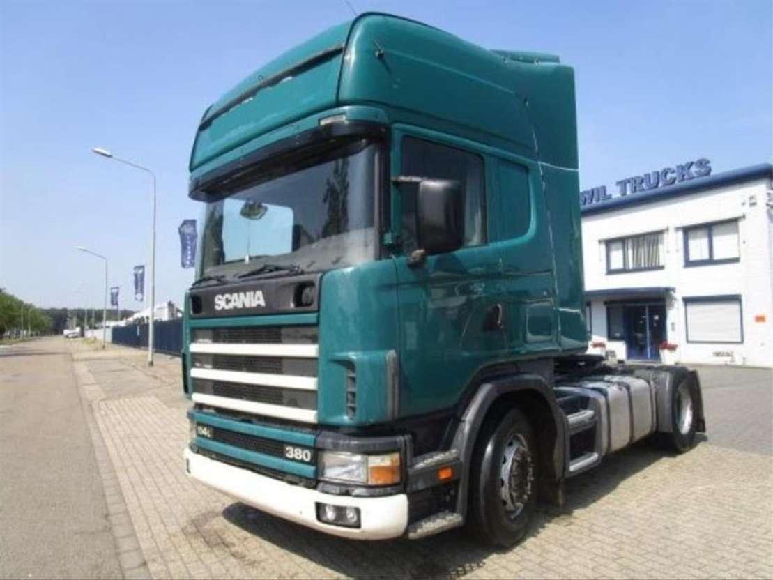 standaard trekker Scania SCANIA 114/380 MANUEL-CEARBOX 2002