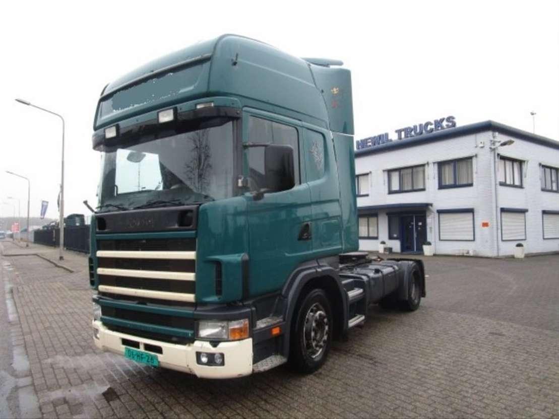 standaard trekker Scania 124-420 4X2 2003