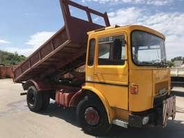 kipper vrachtwagen Renault SAVIEM SM10 **BENNE-TIPPER** 1977