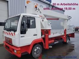 autohoogwerker bedrijfswagen MAN 8.163 WUMAG WT300 30m seitl.Auslage 19,50m* 2000