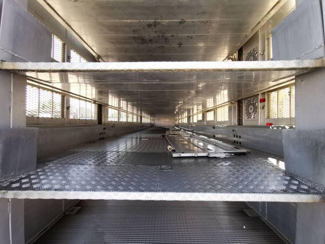 vee oplegger Menke-Janzen 4 Stock / Hudbach / Lenkachse