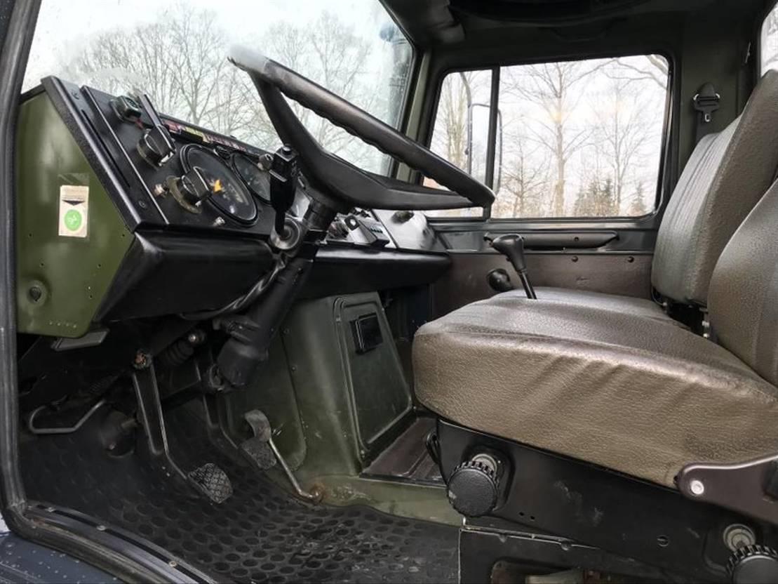 leger vrachtwagen Mercedes-Benz Unimog 1983