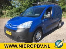 gesloten bestelwagen Citroen BERLINGO airco 110000km 2012