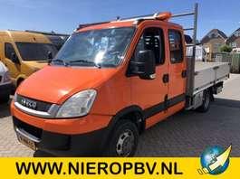 platform bedrijfswagen Iveco daily dub cab open laadbak airco 170pk 2011