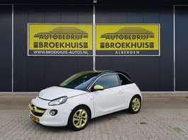 hatchback auto Opel ADAM 1.4 Jam 2013
