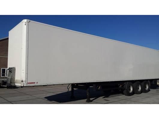 gesloten opbouw oplegger Sommer Kasten trailer 2008