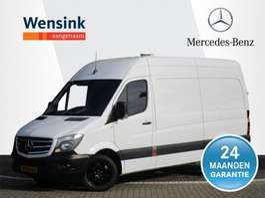 gesloten bestelwagen Mercedes Benz Sprinter 319 CDI 190 pk L2 H2 GB   Automaat, Black-Edition LM-velgen, 35... 2017