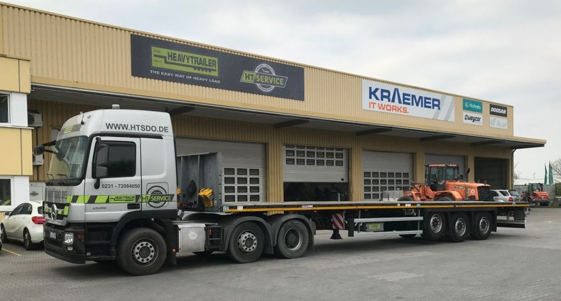 platte aanhanger vrachtwagen Faymonville Maxtrailer 3-Achs-Tele-Plateau-Auflieger