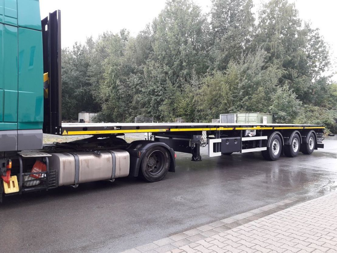 platte aanhanger vrachtwagen Doll 3-Achs-Tele-Plateau-Auflieger zwangsgelenkt