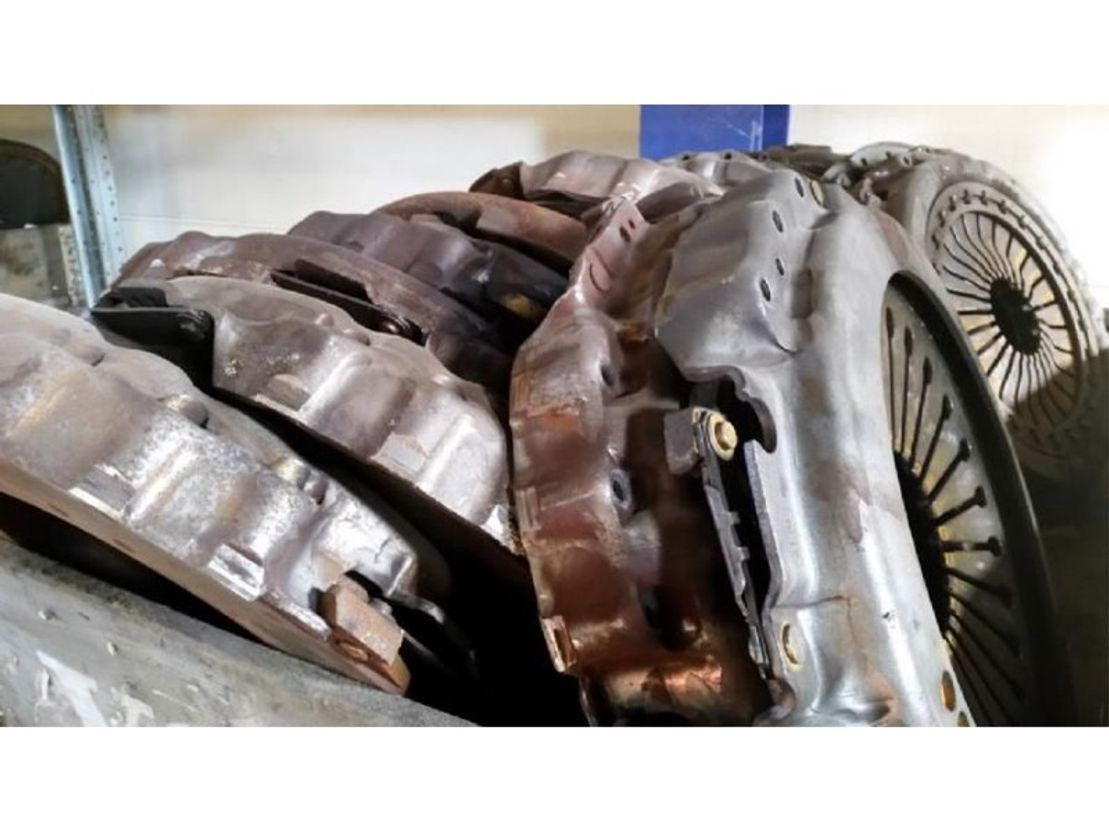 Motor vrachtwagen onderdeel Volvo Flywheel, clutch, clutch disc