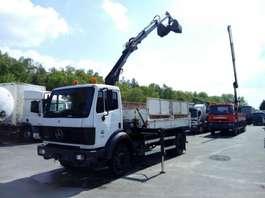kipper vrachtwagen Mercedes Benz 18.24 tipper 3-way + HIAB 077B 1994
