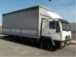 containersysteem vrachtwagen MAN 8223F 1995