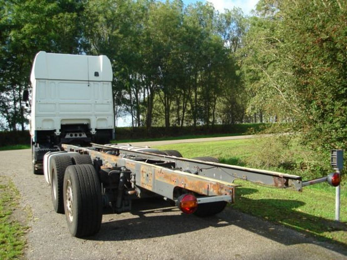 chassis cabine vrachtwagen DAF superspace/105/460 2010