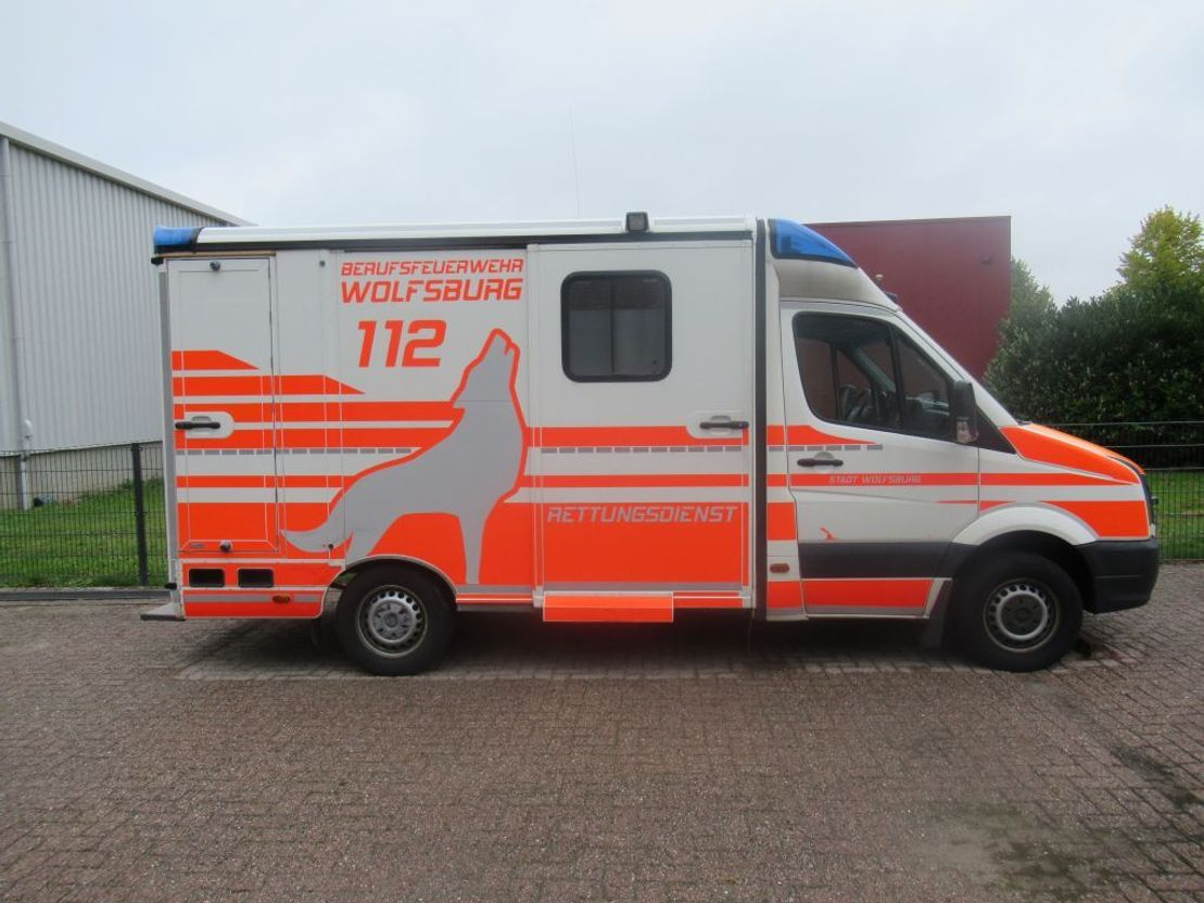 ambulance bedrijfswagen Volkswagen Crafter Ambulance 2012