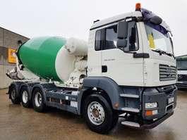betonmixer vrachtwagen MAN TGA 35.400 8X4 2008