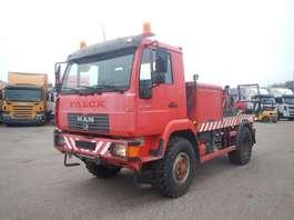 takelwagen-bergingswagen-vrachtwagen MAN 10-225 2001