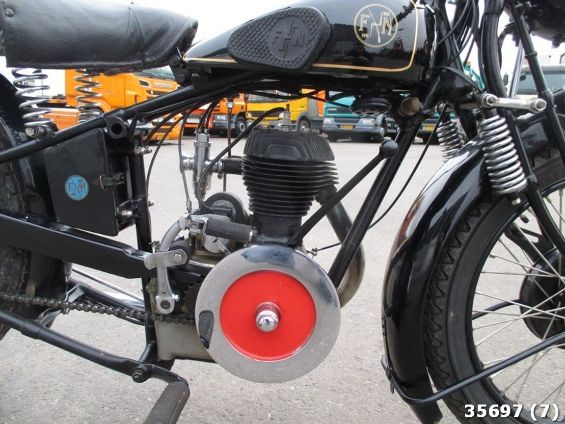 motorfiets DIV. Fn M70 350CC 1929
