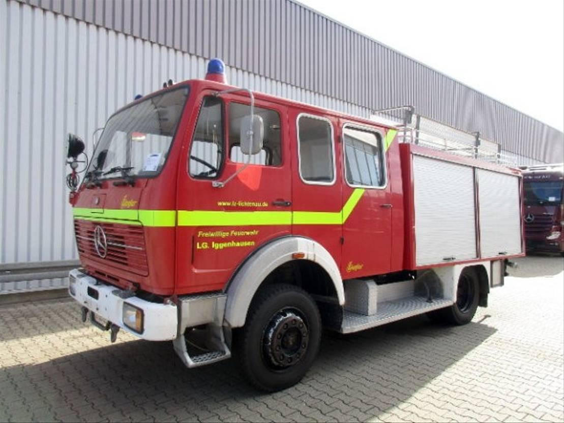 ambulance bedrijfswagen Mercedes Benz S 1019 AF 4x4 1019 AF 4x4, TLF 16/25, Feuerwehr 1978