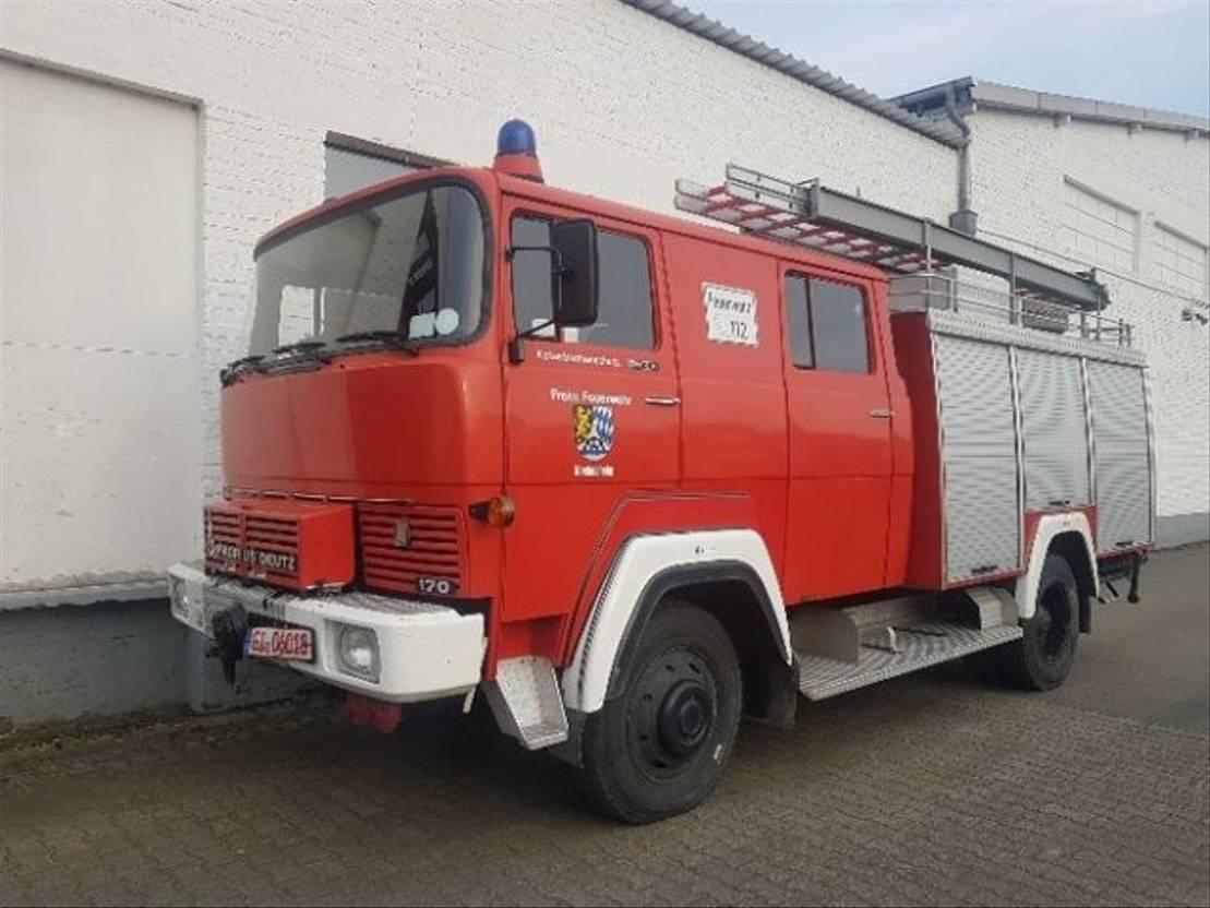 ambulance bedrijfswagen DIV. FM 170 D 11 FA LF 16 TS FM 170 D 11 FA LF 16 TS 1981