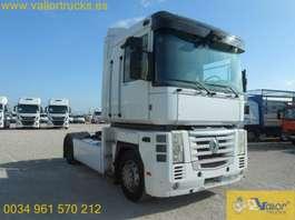 autotransporter vrachtwagen Renault Tractora 2007