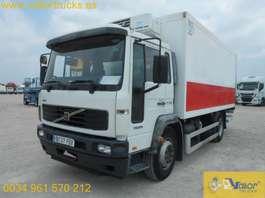 koelwagen vrachtwagen Volvo FL6 B220 2006