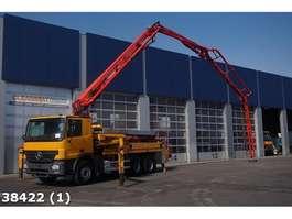 betonpomp vrachtwagen Mercedes Benz Actros 2636 6x4  Putzmeister 28 meter 2006