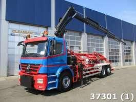 containersysteem vrachtwagen Mercedes Benz Axor 2533 6x2 Hiab 22 ton/meter laadkraan 2005