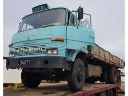 kipper vrachtwagen Mitsubishi Fuso 6x4 ORIGINAL Truck 1984