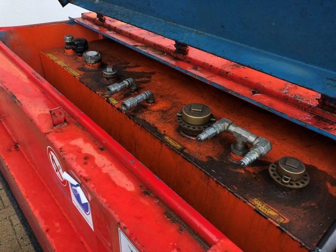 IBC-intermediate bulk container Kiwa IBC 3000 liter dieseltank met keuring ! 2006