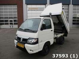 kipper bedrijfswagen Piaggio Porter Electric veegvuilopbouw 2012