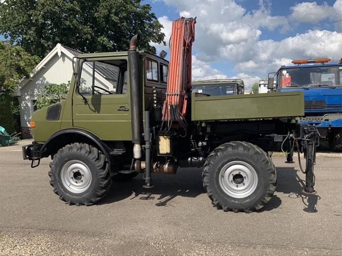 takelwagen-bergingswagen-vrachtwagen Unimog U1300 (424)  4x4 1981
