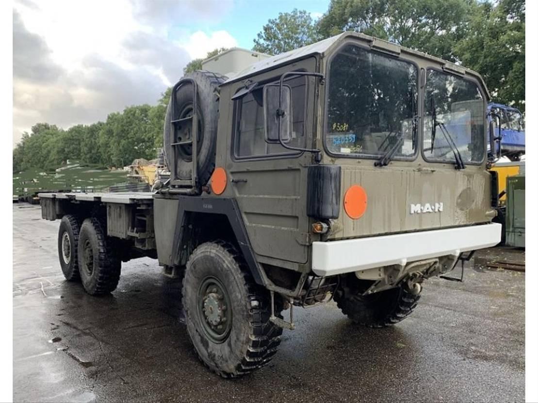 leger vrachtwagen MAN Kat 6x6