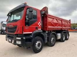 kipper vrachtwagen Iveco Trakker 410T45 8x4 Euro6 2014