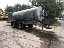 kunstmeststrooier Mesttank waterwagen peecon 13m3