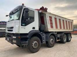 kipper vrachtwagen Iveco Trakker 410T50 8x4 Euro5 2008