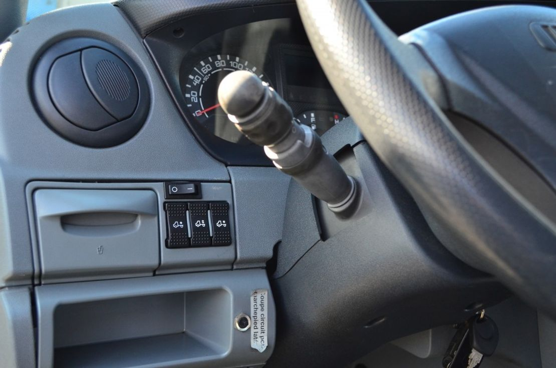 taxibus Iveco Daily 35S14 12+1 Sitzplätze NUR 110Tkm AHK 2009