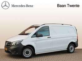 gesloten bestelwagen Mercedes Benz Vito 111 CDI | Achterdeuren, Airco, 3 zits, Trekhaak | Certified 24 maan... 2019
