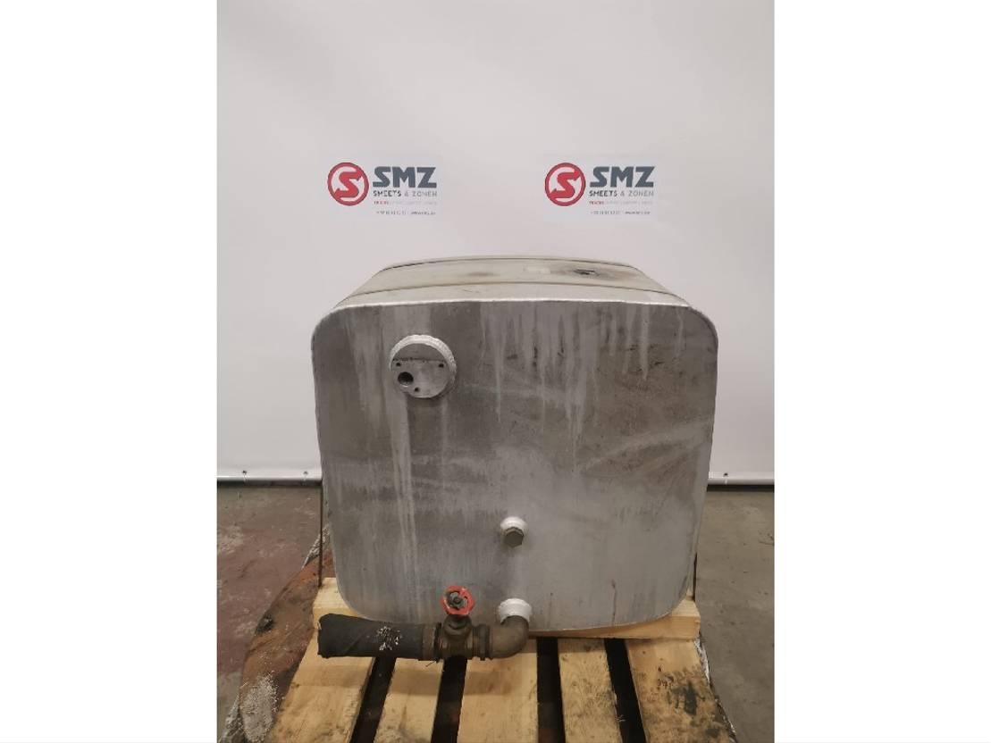 Hydraulisch systeem vrachtwagen onderdeel DIV. Occ hydraulic tanks 270l