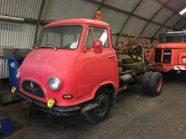 takelwagen-bergingswagen-vrachtwagen Hanomag Markant 1966