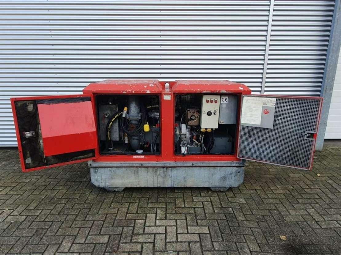 waterpomp machine BBA Waterpumps RT2030 + Hatz 2005