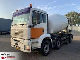 betonmixer vrachtwagen MAN 37.360 betonmixer manual hubreduction steelsuspension 2003