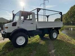 leger vrachtwagen Mercedes Benz Unimog U1300 4x4 1990