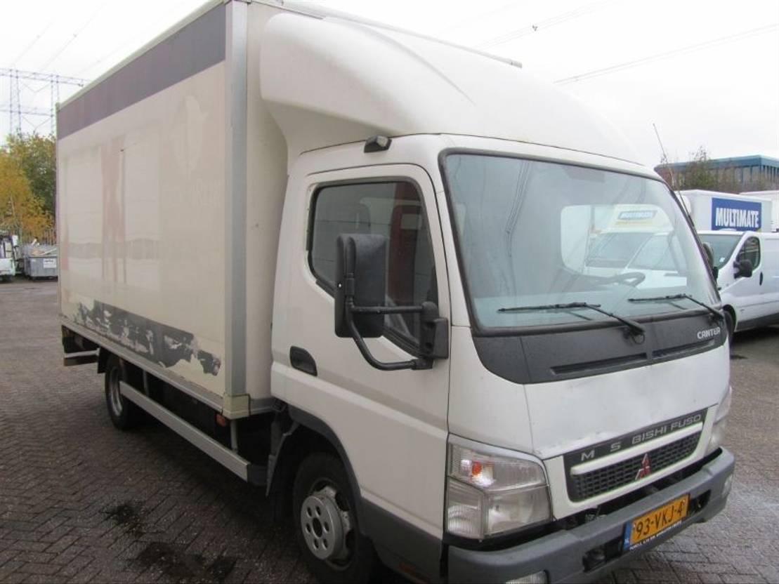 bakwagen bedrijfswagen < 7.5 t Mitsubishi Canter 3C13 2007