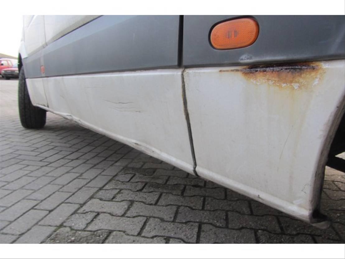 koelwagen bestelwagen Mercedes Benz SPRINTER 313 CDI KONVEKTA MOTORSCHADE 2010