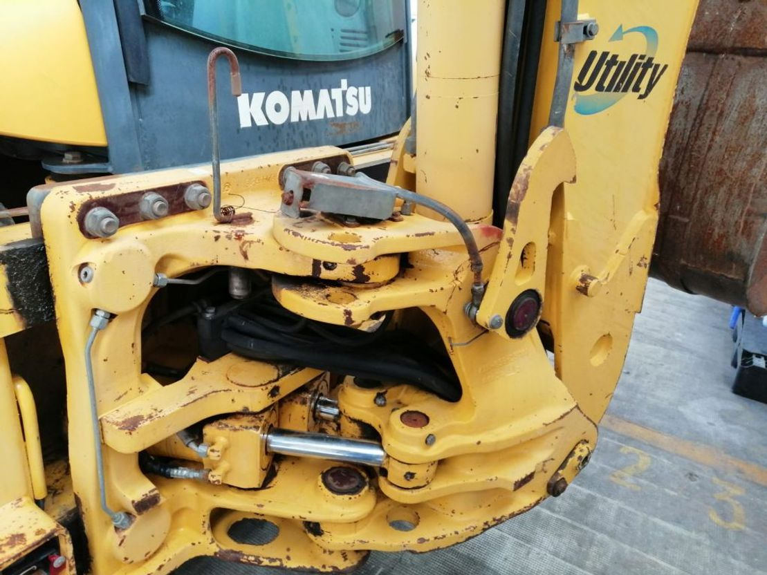 graaflaadmachine agrarisch Komatsu KOMATSU WB93R-5 TERNA