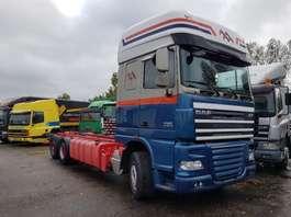 chassis cabine vrachtwagen DAF FAR XF105.460 2012