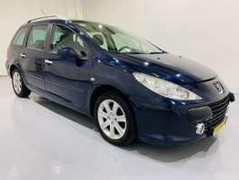 stationwagen Peugeot 307 SW 1.6-16V Panorama Pack Airco 2006