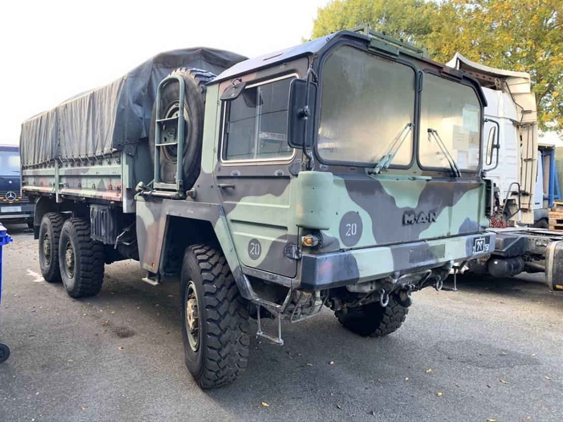 leger vrachtwagen MAN kat 6x6 1979