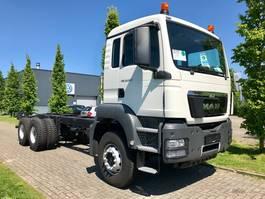 chassis cabine vrachtwagen MAN TGS 33.360 6x4 BB-WW 2015